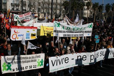 Pyrénées Orientales : Ensemble à Perpignan
